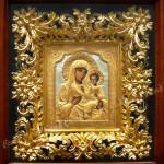 Резьба по дереву. Иверская икона Божией Матери